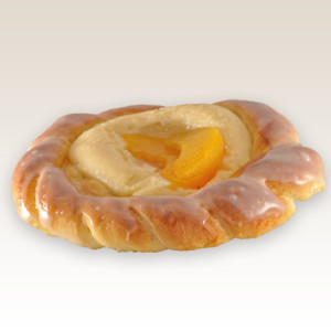 drozdzowka z serem i owocem m